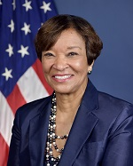 Portrait of FTA Acting Administrator Carolyn Flowers